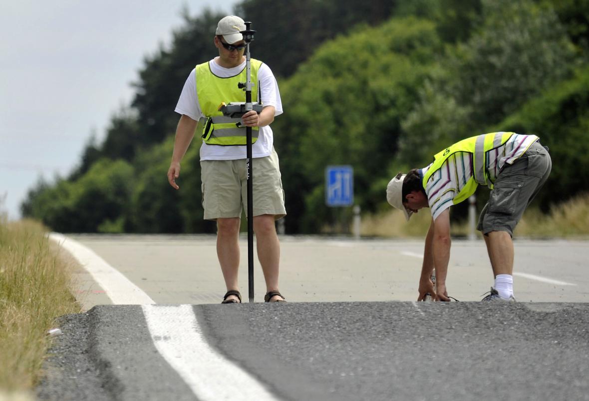 Poškozená dálnice D5 (ilustrační foto)