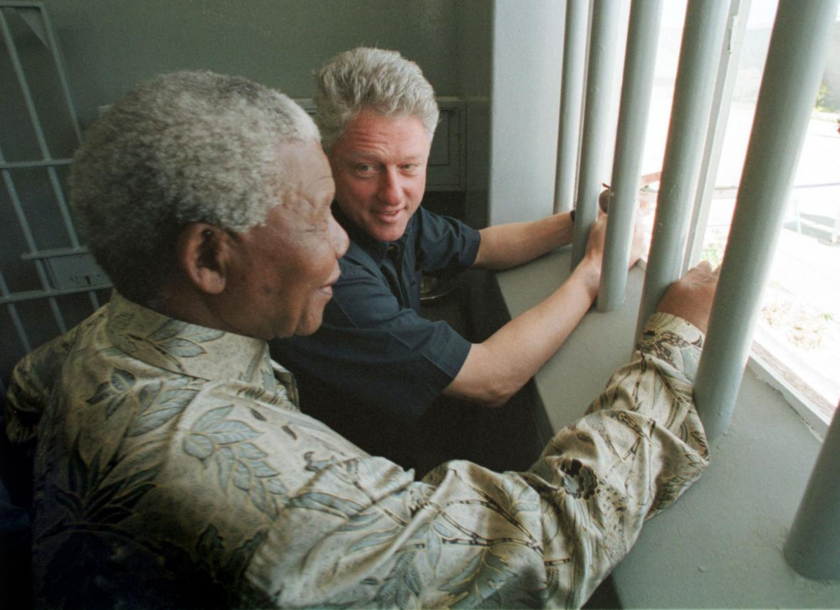 Clinton a Mandela v cele na ostrově Robben Island