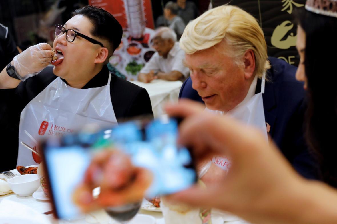 Dvojníci Kim Čong-una a Donalda Trumpa