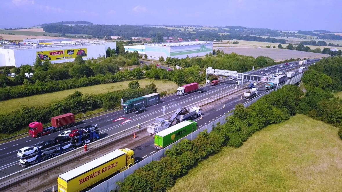 Rekonstrukce dálnice D1 před Prahou