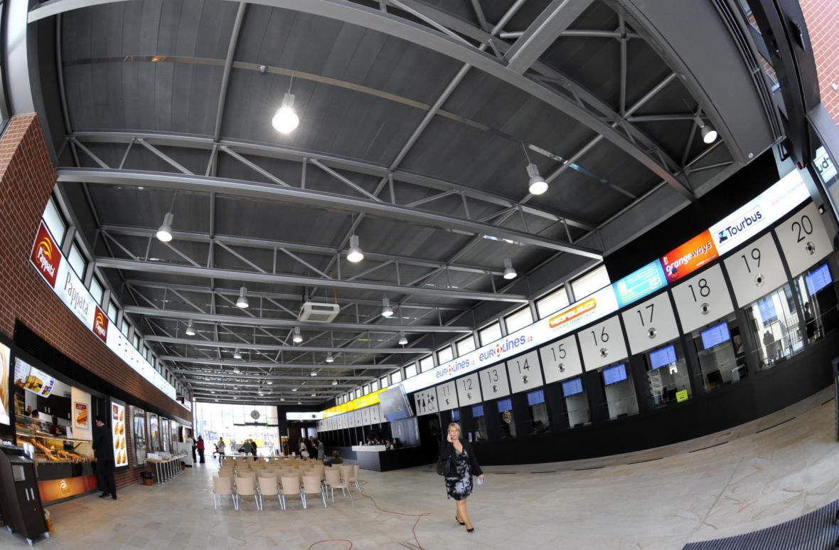 V roce 2009 byla otevřena nová odbavovací hala