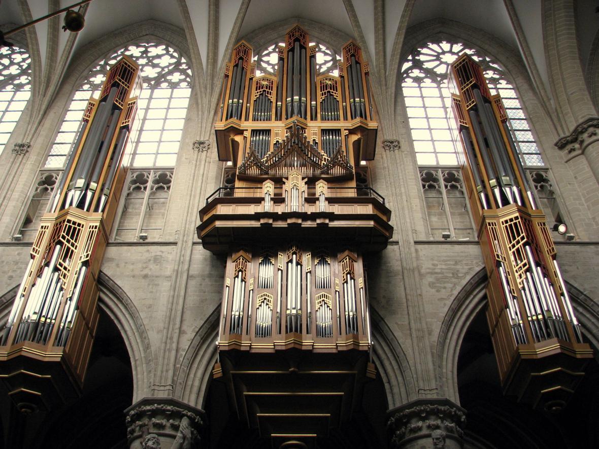 Varhany Gerharda Grenzinga pro bruselskou katedrálu