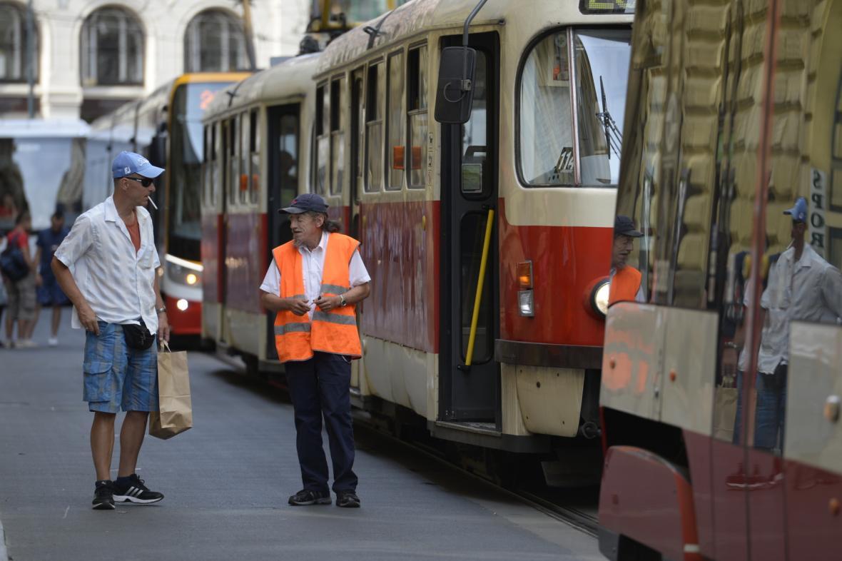 Kolona tramvají