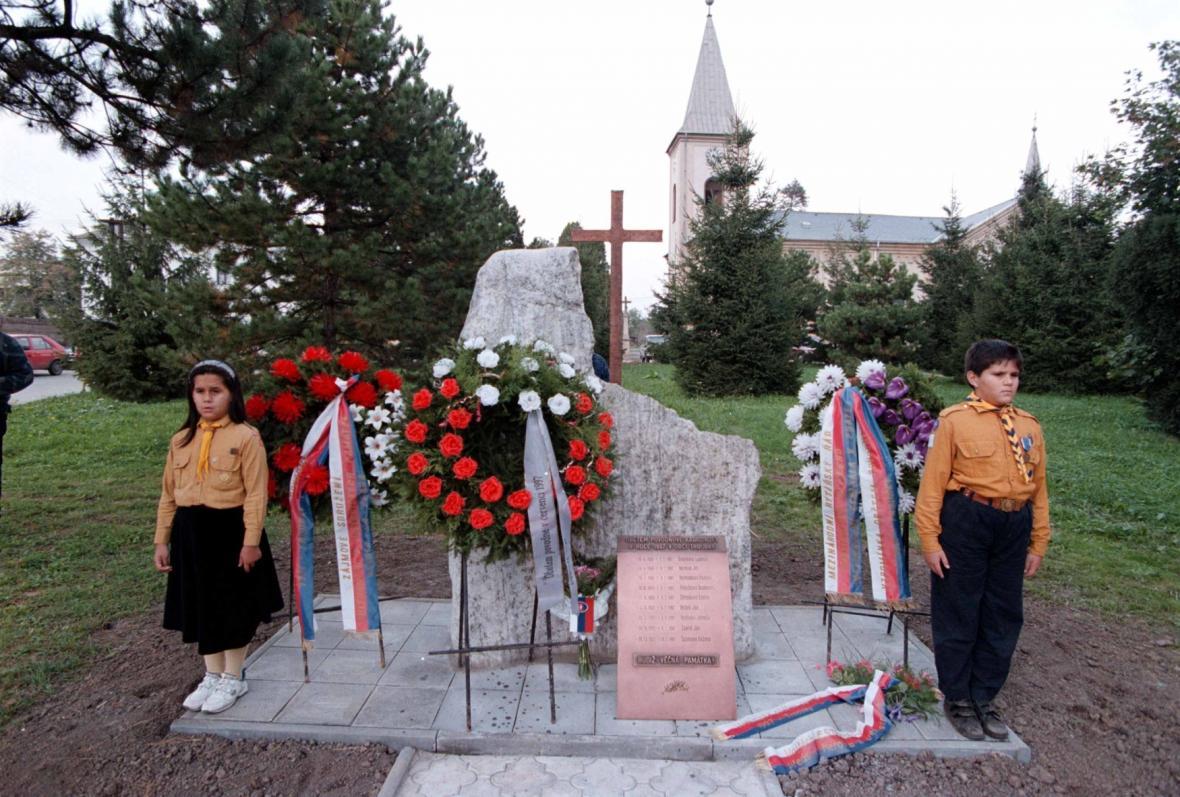 Pomník obětem záplat v roce 1997 v Troubkách