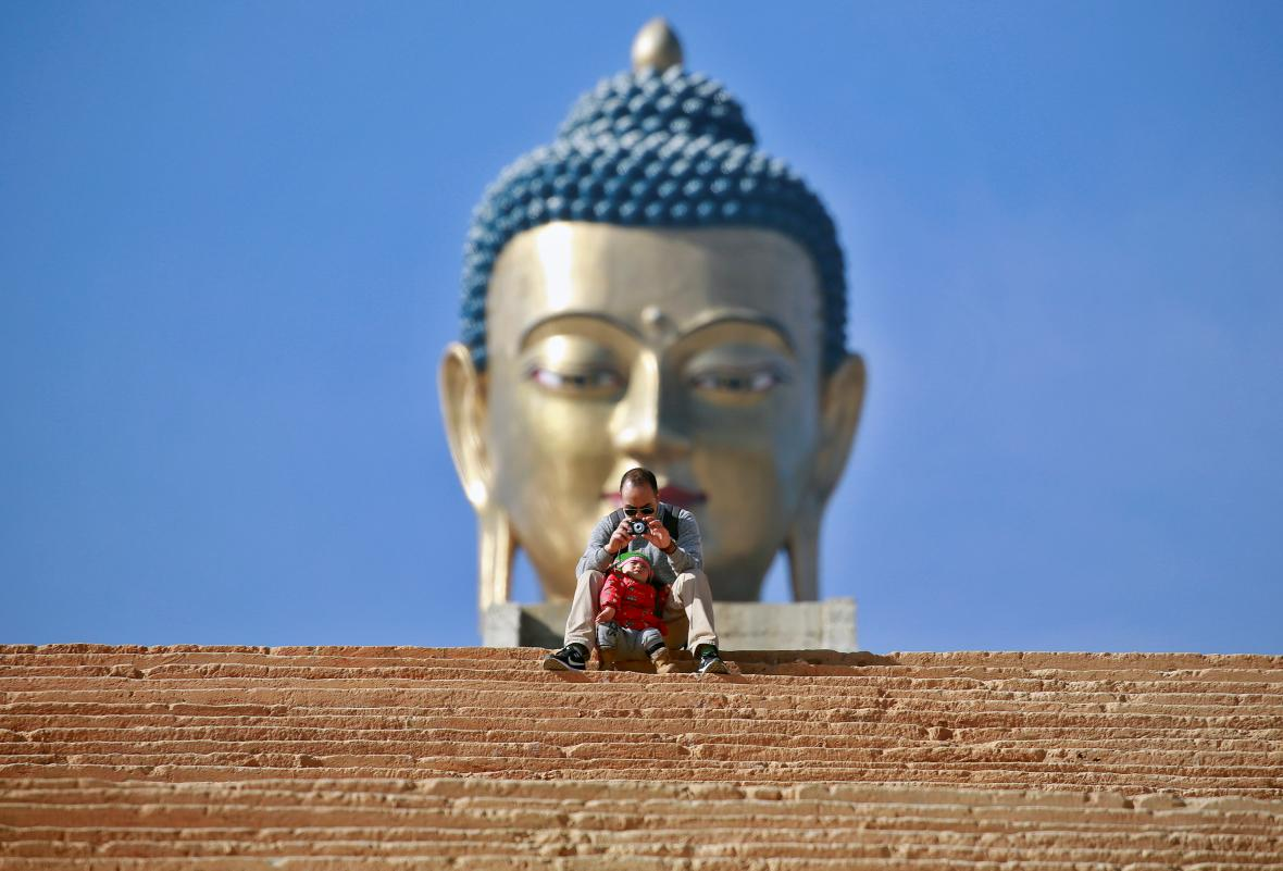 Socha Buddhy v Bhútánu