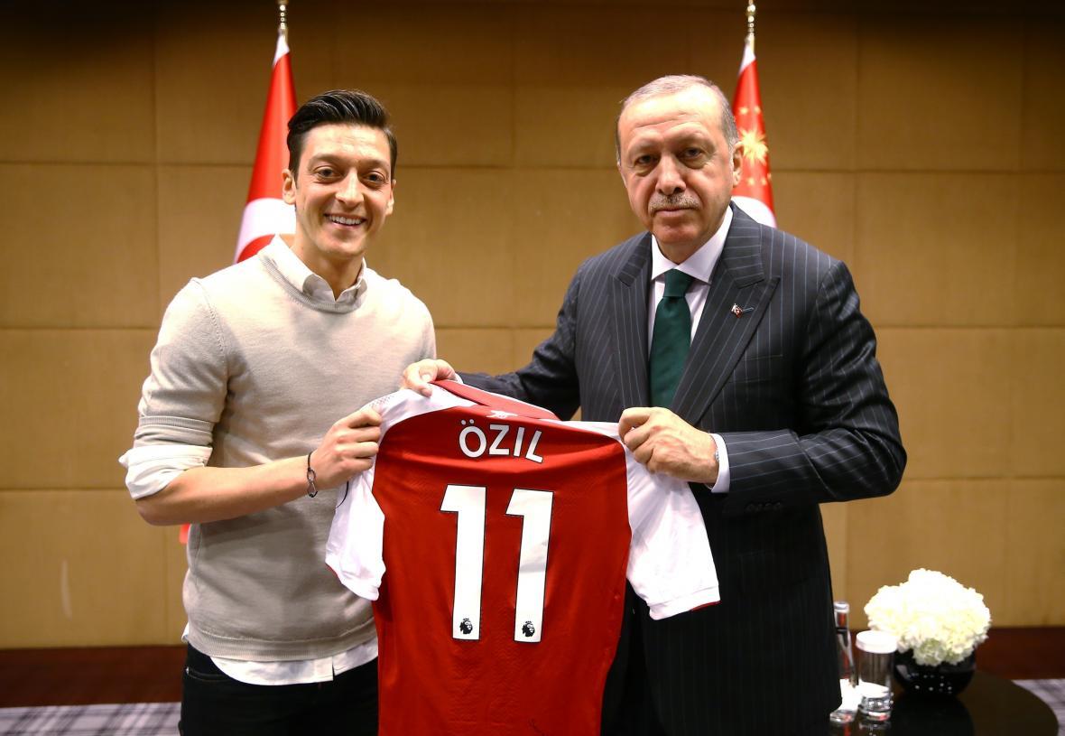 Mesut Özil s tureckým prezidentem Recepem Tayyipem Erdoganem