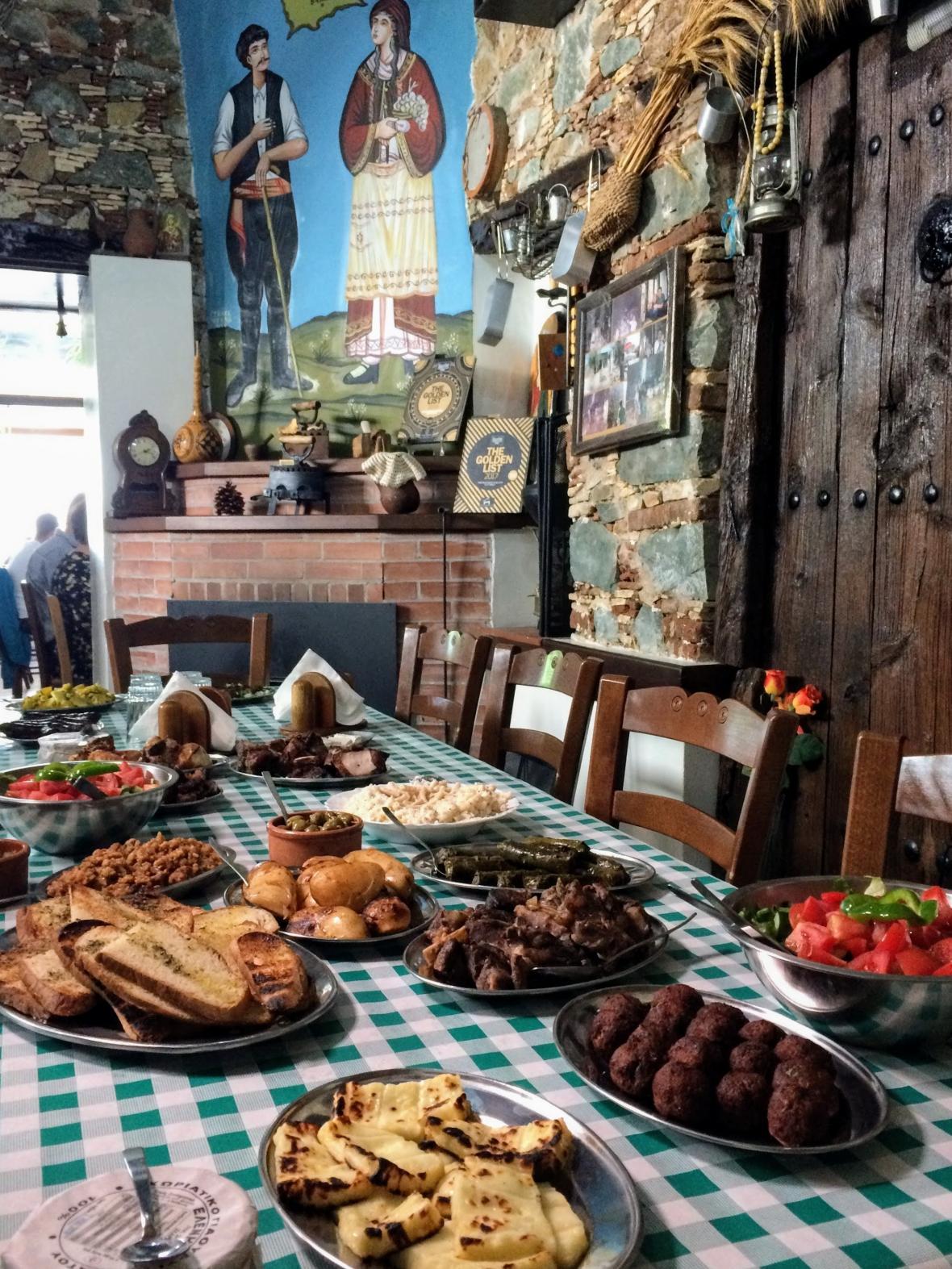 Vůně kyperské kuchyně s Miroslavem Donutilem