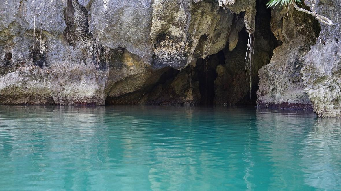Filipínská podzemní řeka Puerto-Princesa
