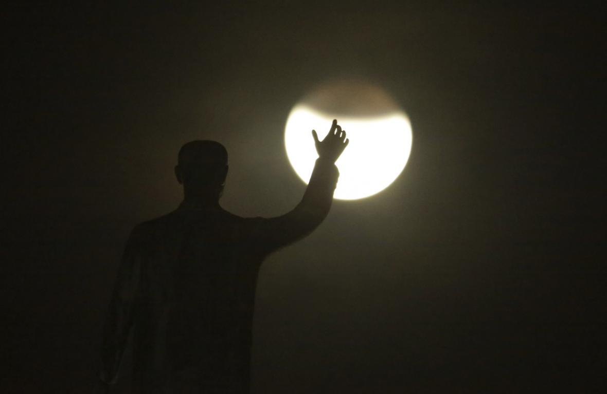 Zatmění Měsíce nad Rio do Janeirem