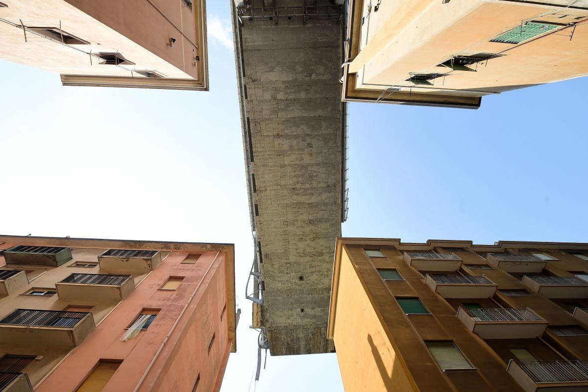 Morandiho most v Janově