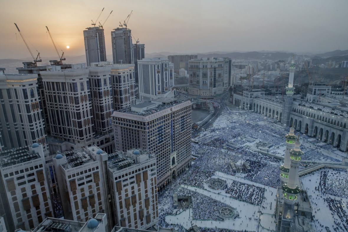 Proměna Mekky v město plné luxusních hotelů a nákupních center