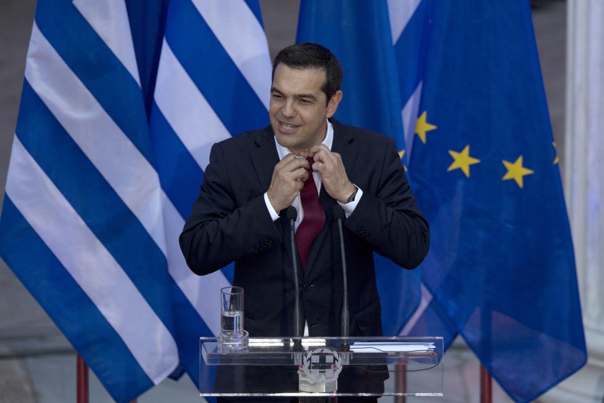 Alexis Tsipras poprvé v kravatě (červen 2018)