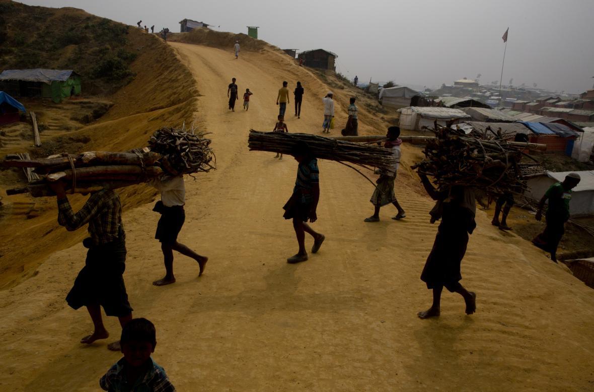 Uprchlický tábor pro Rohingy v Myanmaru