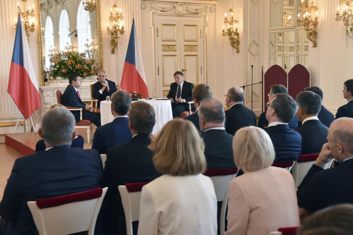 Setkání českých velvyslanců s prezidentem Zemanem