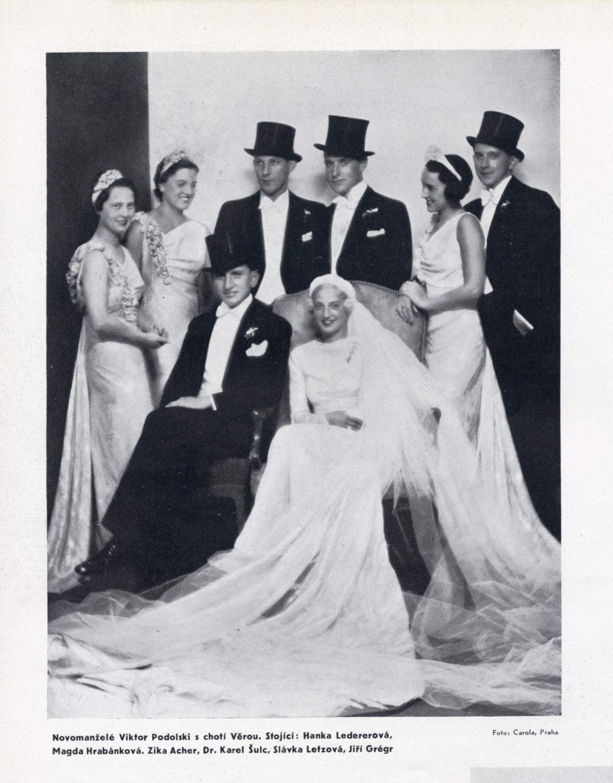 Svatební fotografie manželů Viktora a Věry Podolských, Měsíc IV, č. 7, červenec 1935, s. 14
