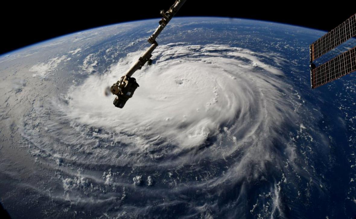 Východ USA se připravuje na příchod hurikánu Florence