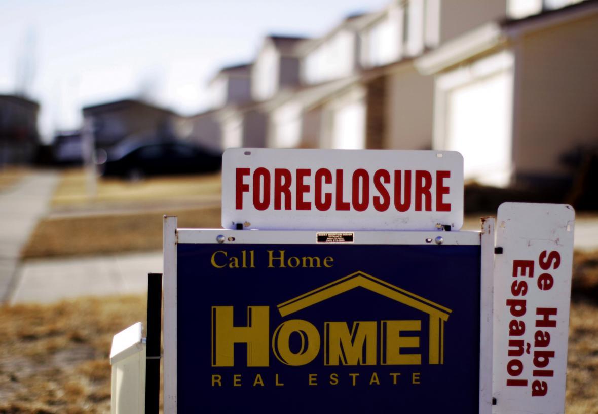 Častý obrázek v době krize. Američané nezvládali platit hypotéky a přicházeli o své domovy.