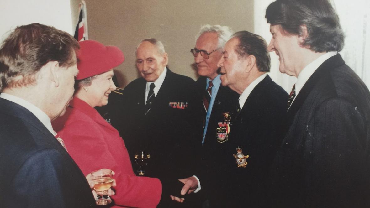 Setkání s královnou Alžbětou II.