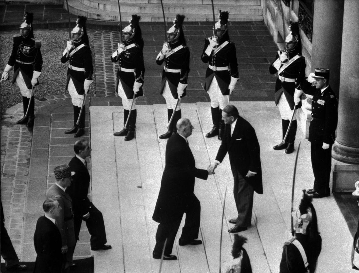 Charles de Gaulle se v lednu 1959 stal prvním prezidentem páté francouzské republiky