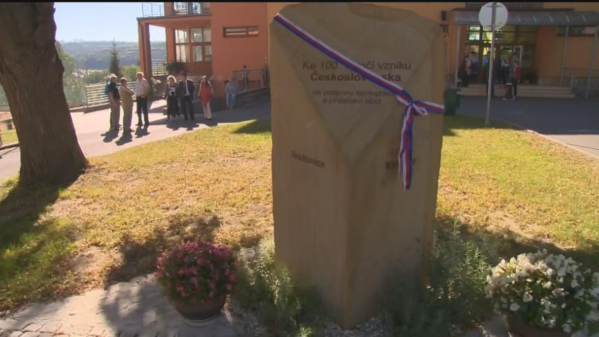 Pamětní kámen v Hradčovicích na Uherskohradišťsku