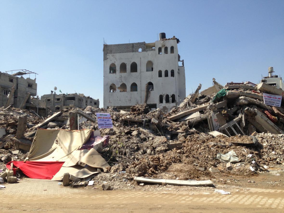 Trosky v palestinském městě Šažaíja po náletech izraelského letectva za války v létě 2014, Pásmo Gazy