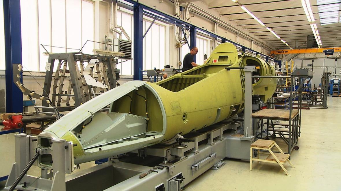 Sestavování prototypu L-39NG