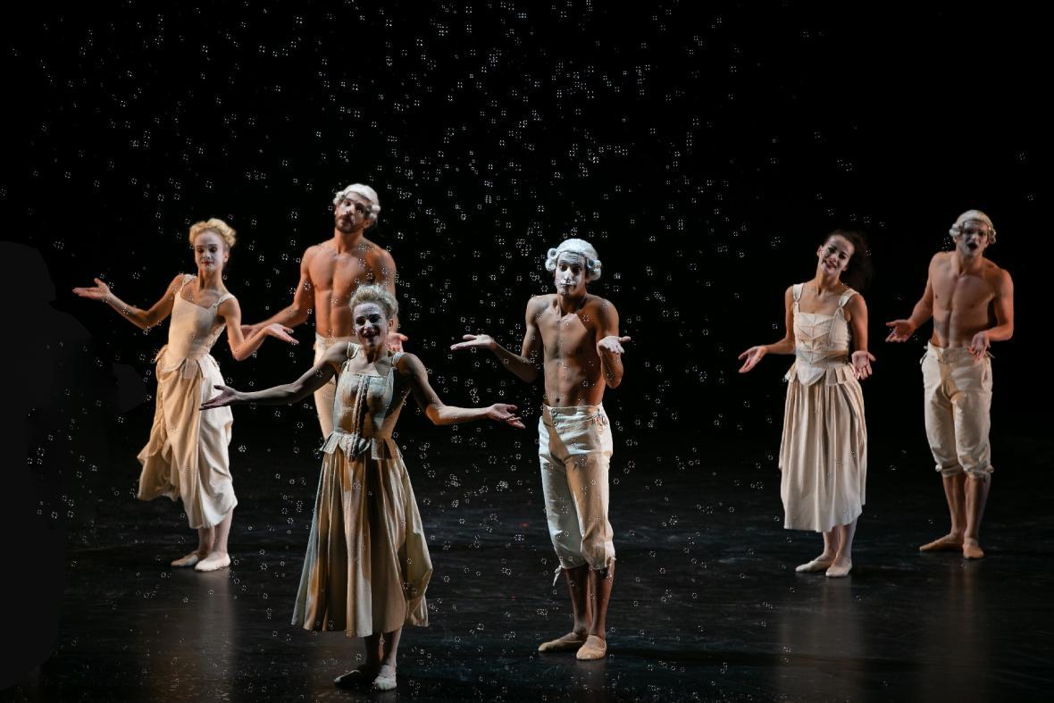 Kylián - Mosty času: Šest tanců