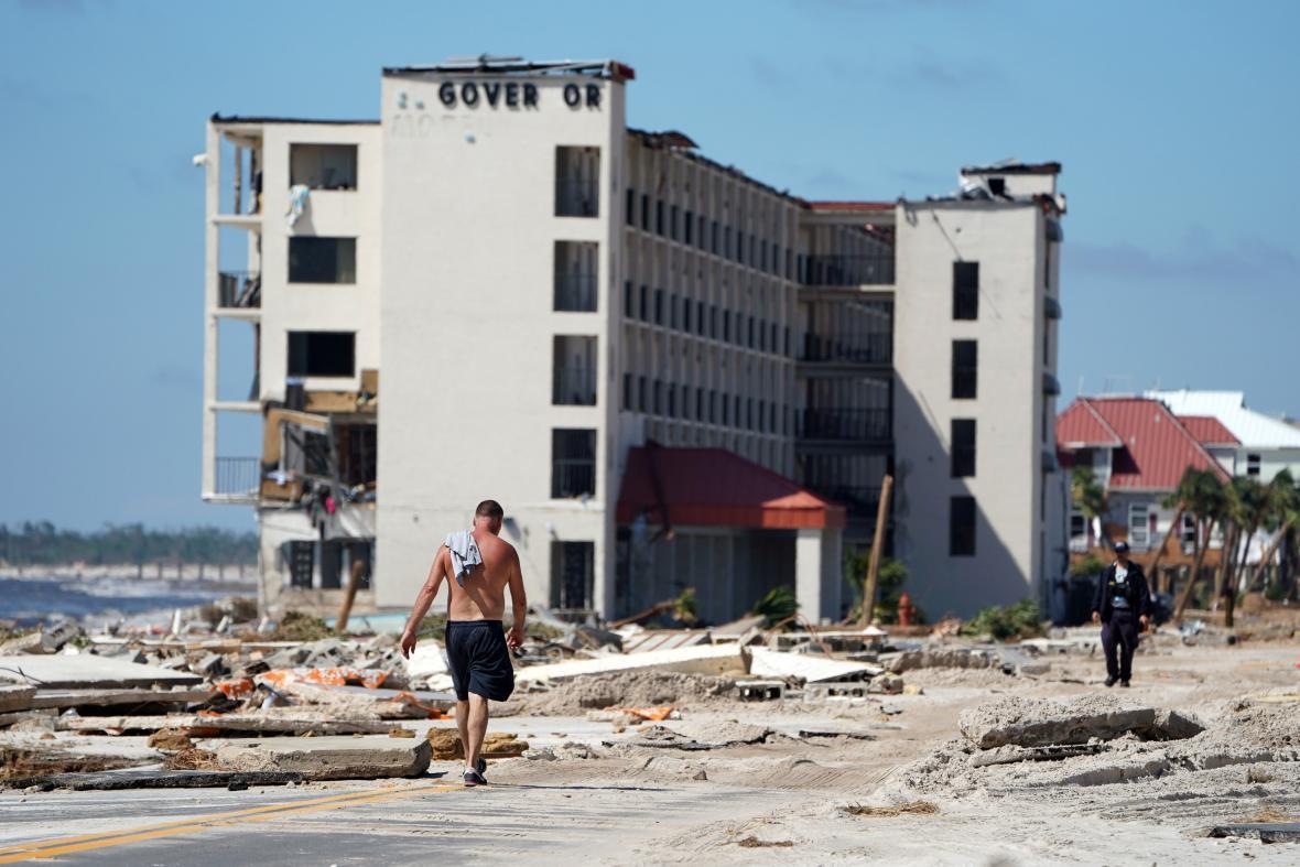 Poničené domy na Mexico beach