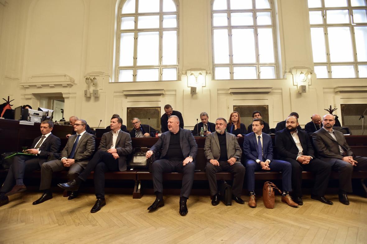 Obžalovaní v kauze údajného tunelování pražského dopravního podniku