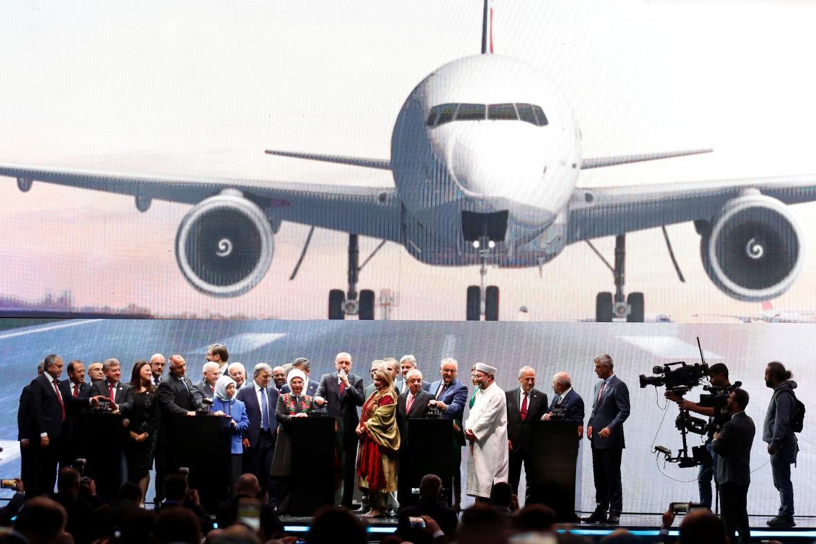 Slavnostní otevření nového istanbulského letiště
