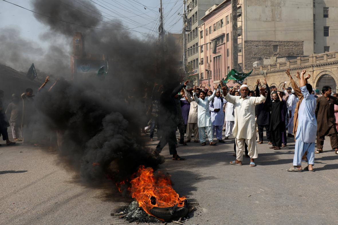 Protest proti osvobození křesťanky v Pákistánu