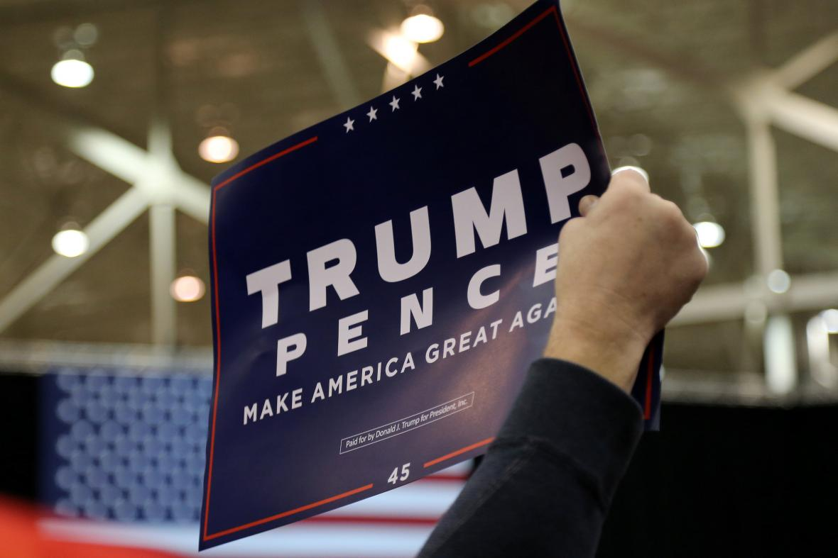 Duo Trump - Pence bude obhajovat mandát