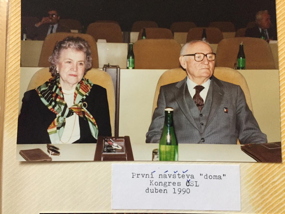 První návštěva vlasti v roce 1990