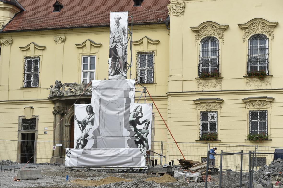 Maketa sochy Josefa II. na Dominikánském náměstí