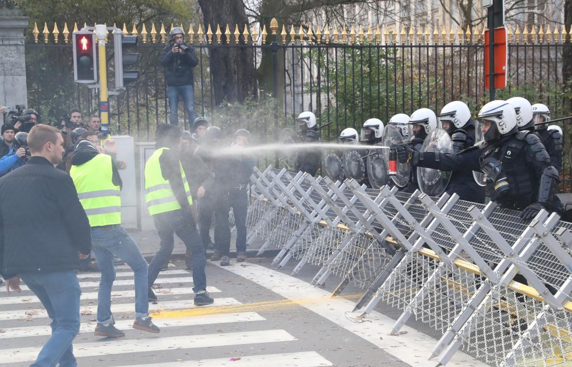 Nepokoje žlutých vest v Bruselu