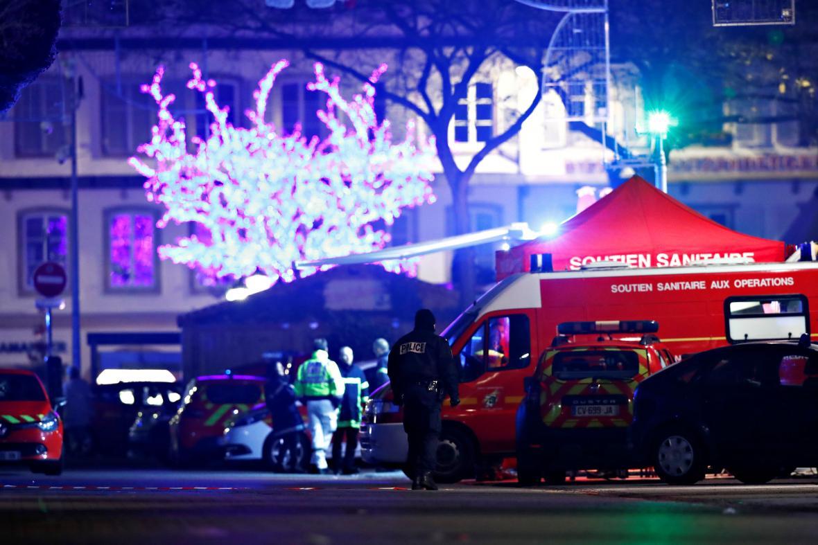 Policisté obsadili oblast, kde útočník střílel
