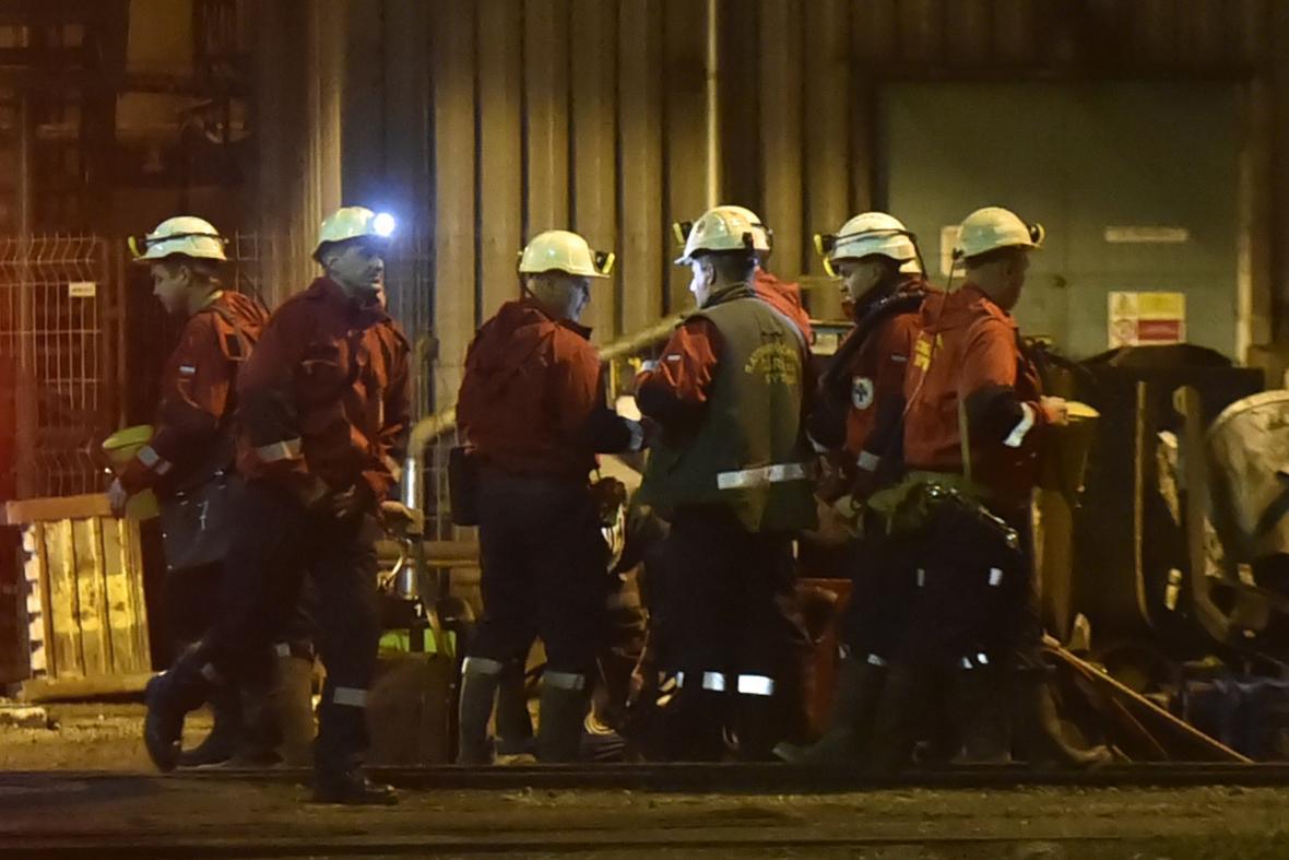 Polští bánští záchranáři přijeli na pomoc do uhelného dolu ČSM na Karvinsku
