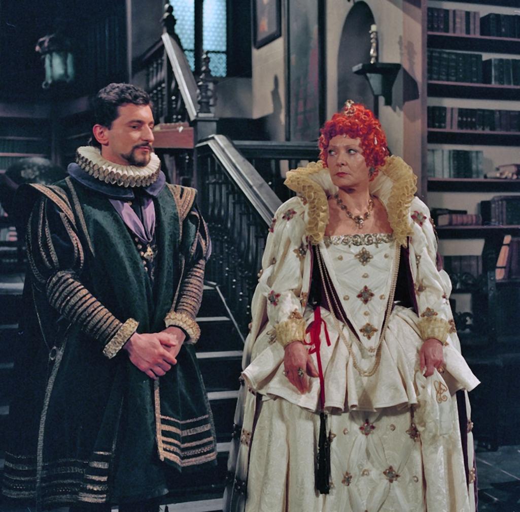 Z hříček o královnách (1994)