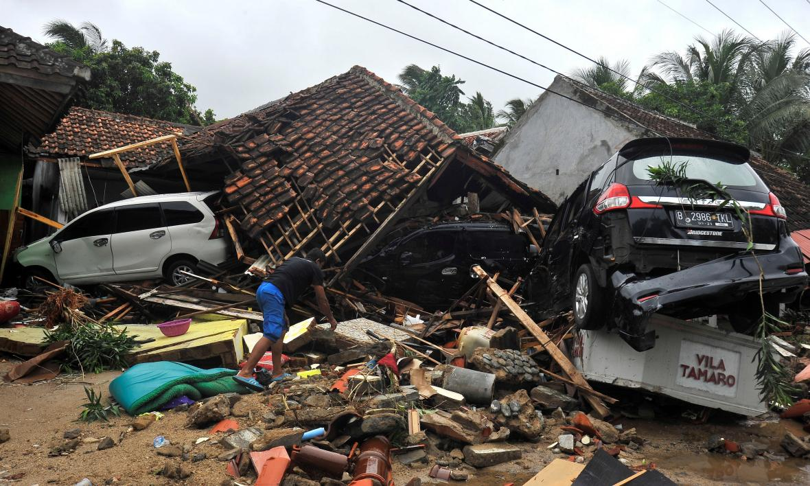 Tsunami v Indonésii