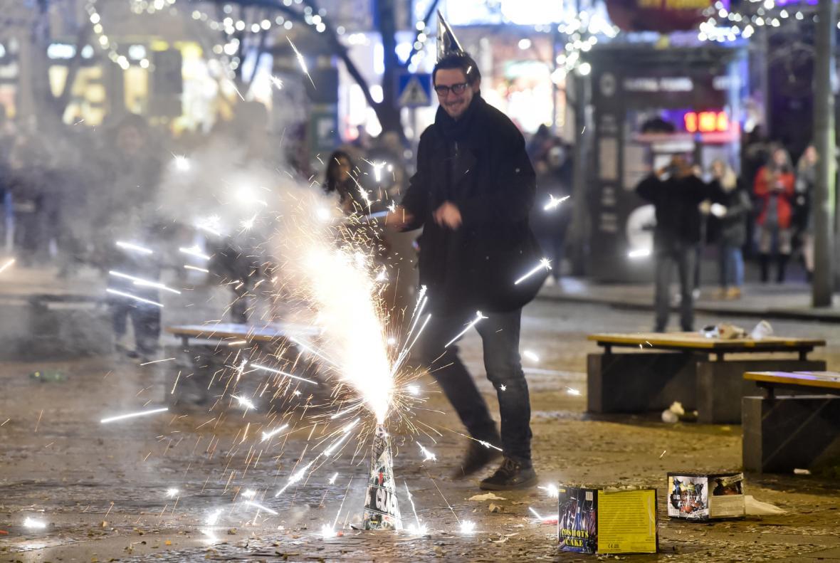 Silvestrovské oslavy 31. prosince 2017 na Václavském náměstí v Praze