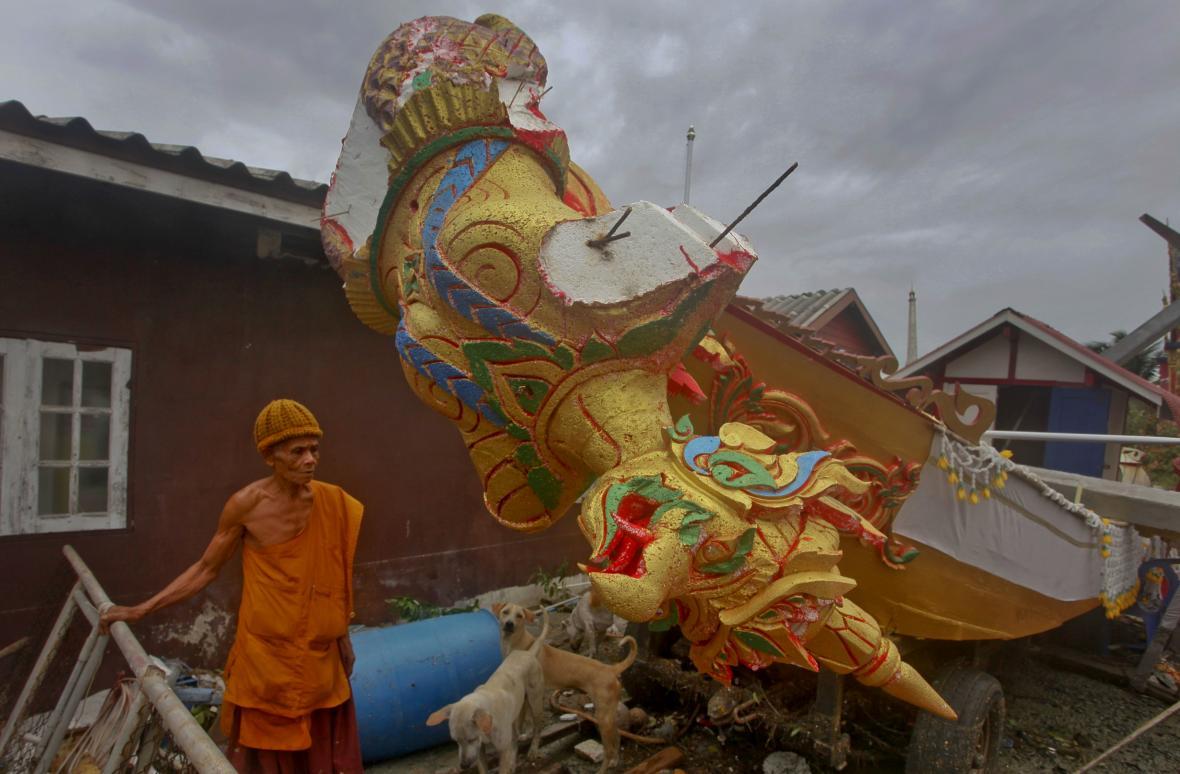 Následky tropické bouře Pabuk v Thajsku