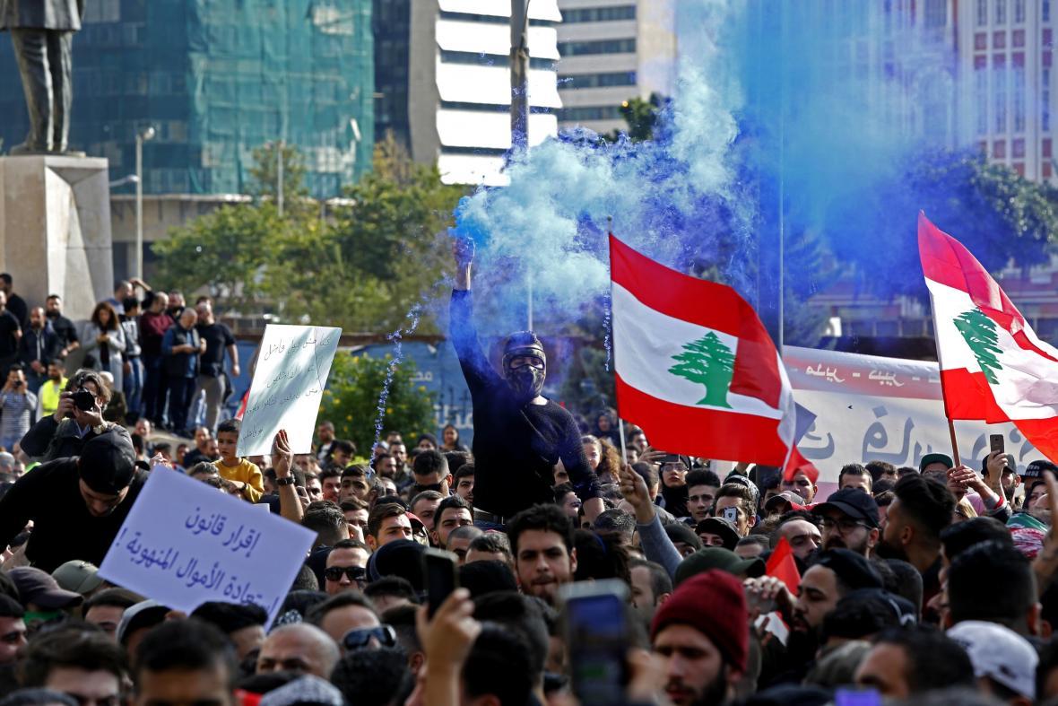 Protest v Bejrútu v prosinci 2018