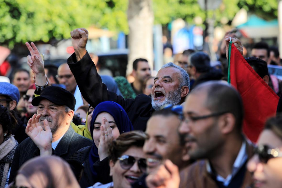 Tuniský protest za vyšší mzdy učitelů
