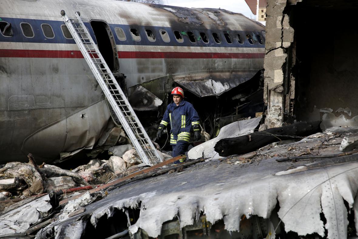 Havárie Boeingu 707 v Teheránu