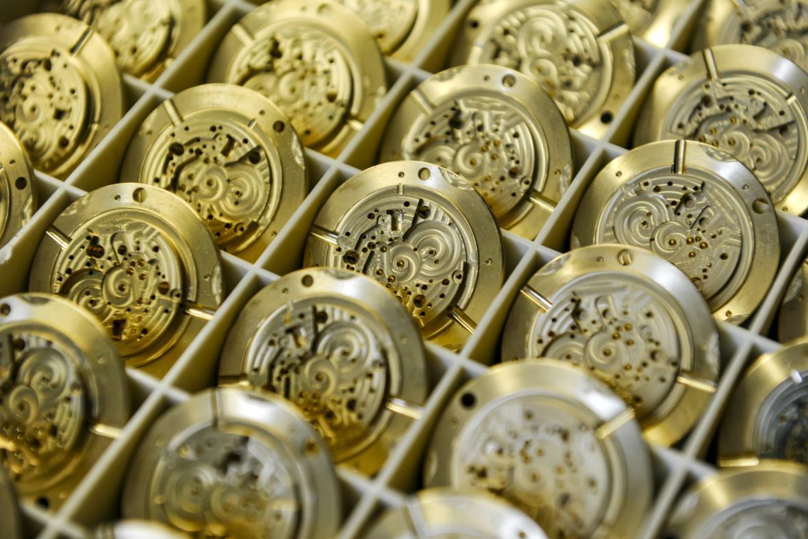 Výroba hodinek Prim, Elton