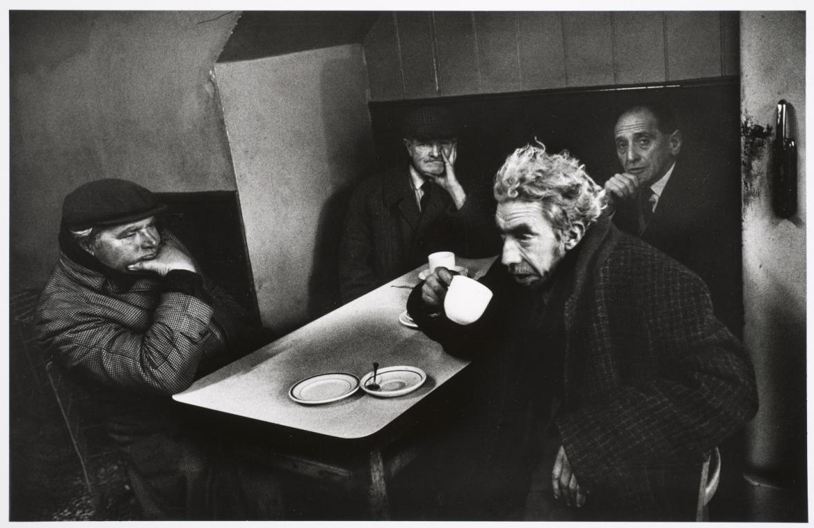 Kavárna, Bethnal Green Road, Londýn, 1979