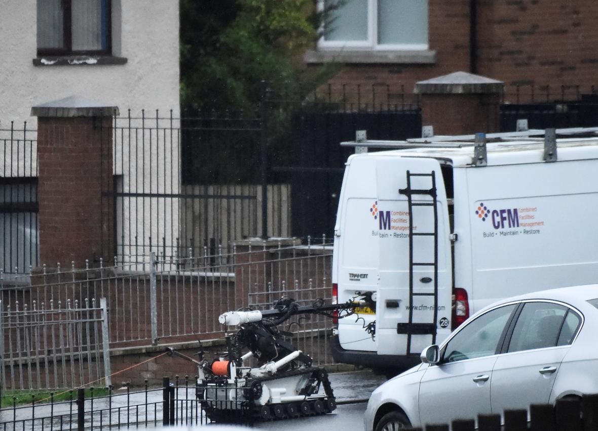 Policie zasahuje u dodávky s výbušninou