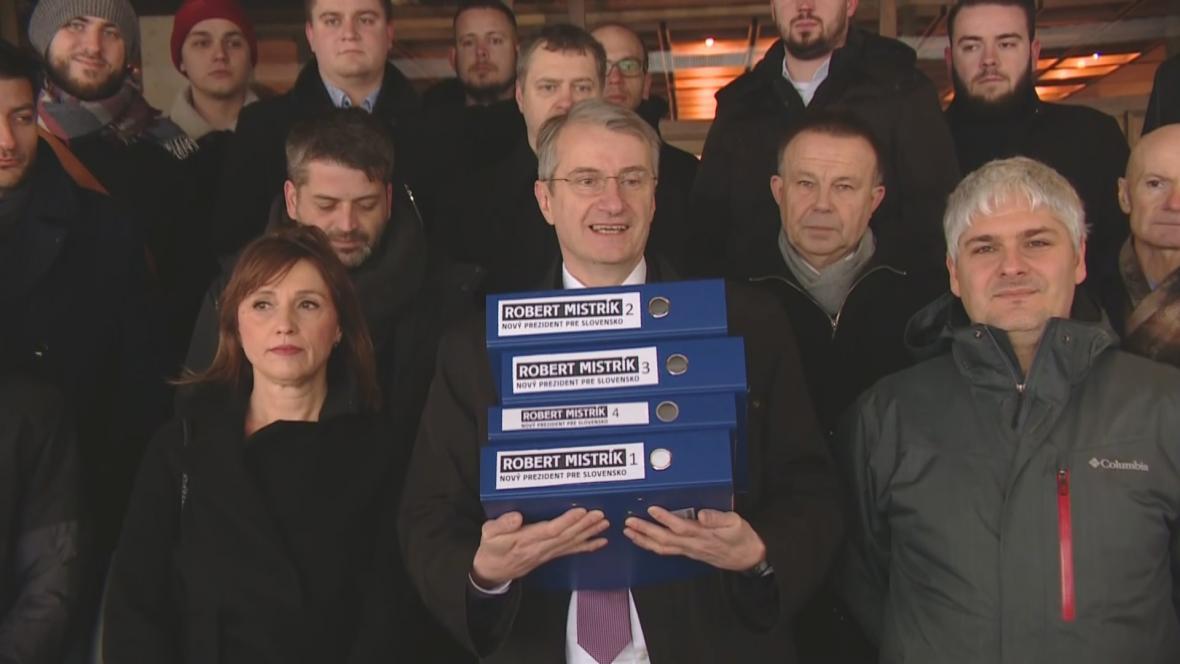 Robert Mistrík se svým volebním týmem