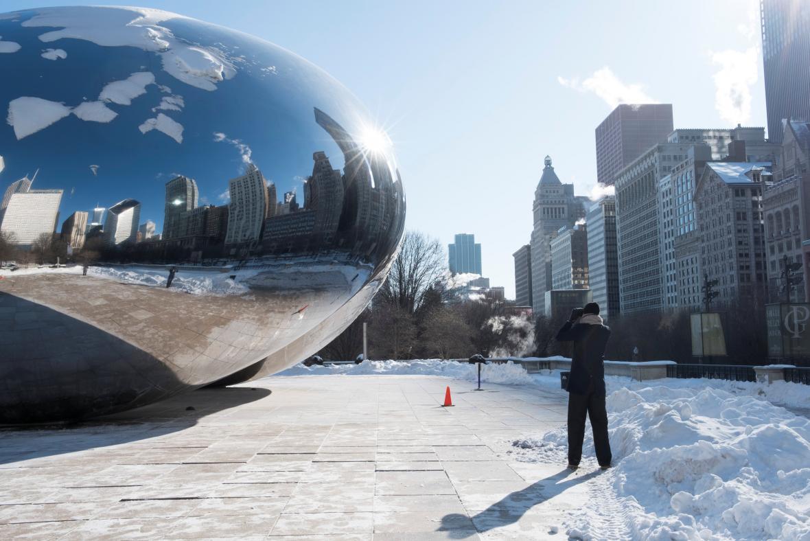 Chicago sevřela polární bouře