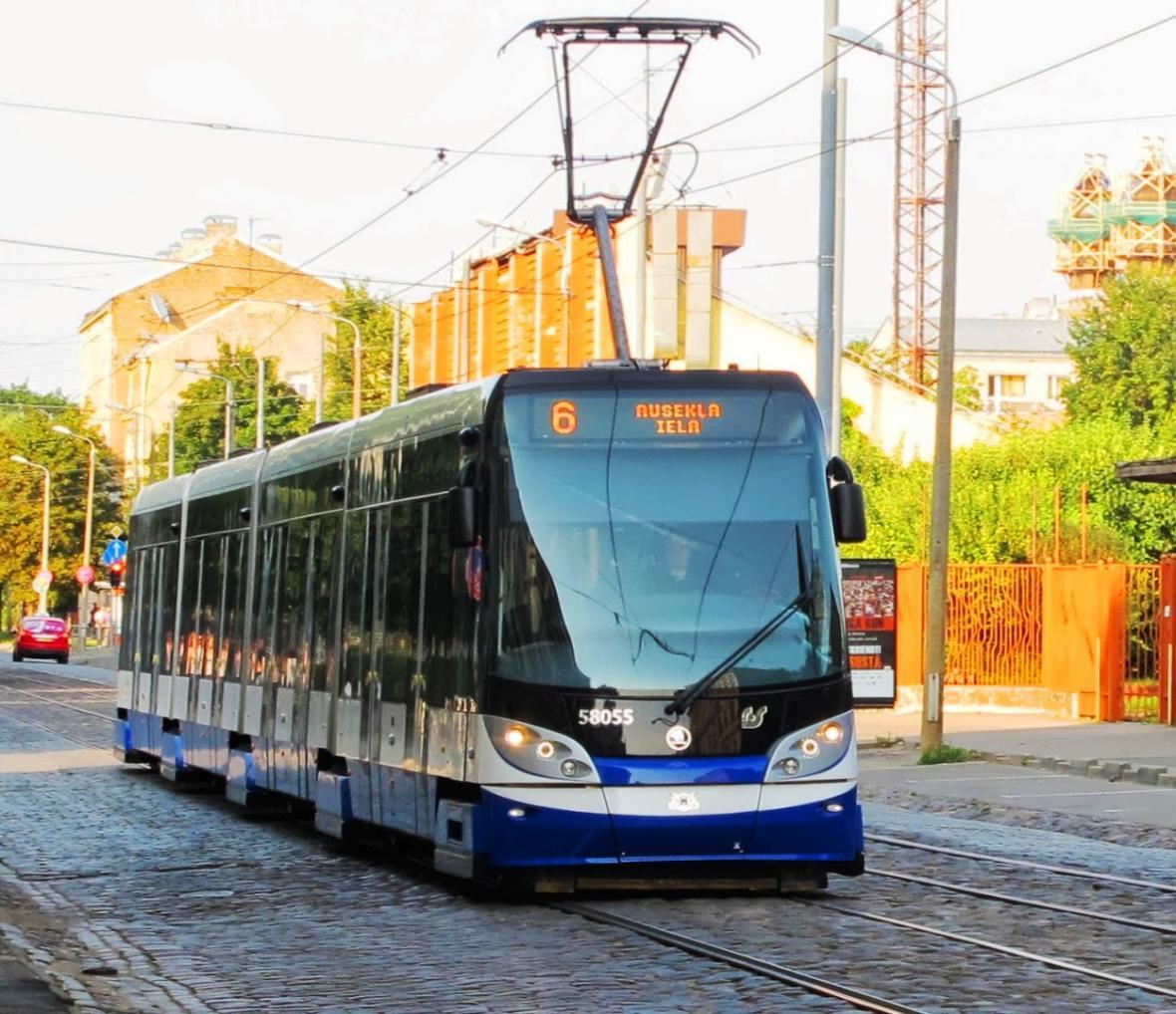 Tramvaj 15T v Rize